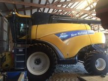 2011 NEW HOLLAND CR9040