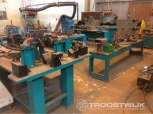 Assembly and welding line for t