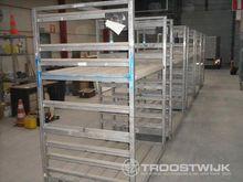 Stapel-/magazijnwagens (9x)