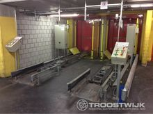 2004 Lot with conveyor plant fo