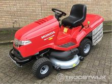 2016 Honda HF2622HME lawn mower