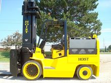 2005 Hoist Liftruck E300