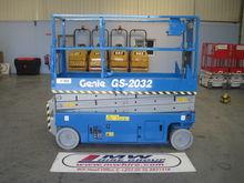 Used 2006 GENIE 2032