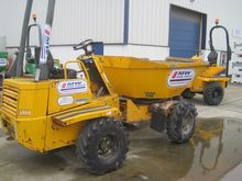 2005 3 ton swivel- Thwaites