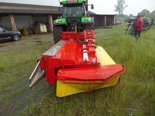 2006 John Deere Grassland mower