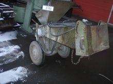 Sand aerator on wheel AXMANN