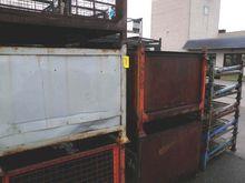 Stockable boxes 1800 x 1070 x 9