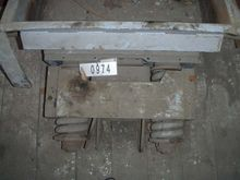 Magnetic vibrating conveyor  JÖ