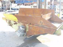 Vibrating conveyor  2300 x 800