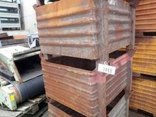 Stockable boxes, 1000 mm x 800