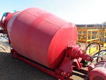 Cement mixer ± 6 m³