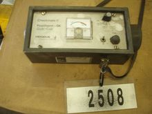 Testing device for pyrometer, b
