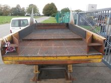 2003 Vibrating conveyor SKAKO,