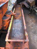 Vibrating conveyor (motor) magn