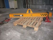 Lift beam 8 t, with 2 hooks, le