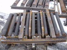 Roller conveyor with tilt unit