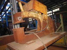 Pneumatic clamping unit up tabl