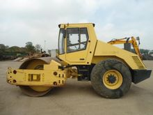 2001 Bomag BW213 D-3 Single dru