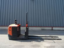 Used 2009 BT OSE250