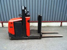 Used 2005 BT OSE100