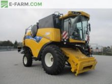 2014 New Holland CX 5090 Elevat