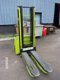 2011 LIFTER LX12 / 25 stacker b