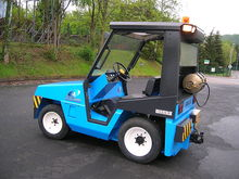 1999 CLARK GT 30 LPG tractor