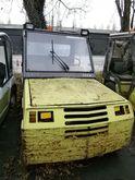2000 CLARK GT 30 LPG tractor