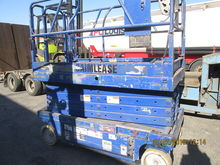 2000 GENIE GS3246 electric scis