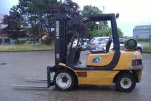 Used 1998 CLARK CMP3