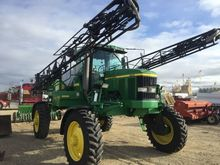 John Deere 4700 sprayer