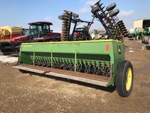 8300 JD Grain Drill/6″ Spacing