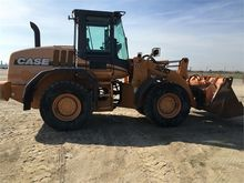 Used 2005 CASE 521D