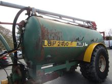 2004 Major LGP 2400 gallon c/w