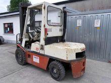 Nissan 30 Forklift 3 ton 410172