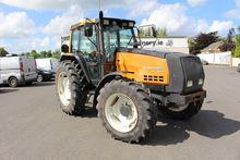 Valtra 8050 Mega tractor 110289