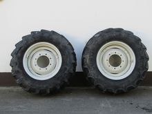 340/85×24 Tyres and Rim W200148