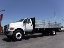 2006 Ford F750 26FT Stake Truck