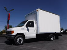 2007 Ford E350 12FT Box Truck