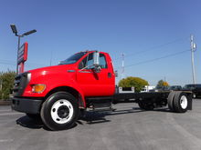 2004 Ford F650 Cab & Chassis Cu