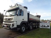 2012 Volvo FMX500 8x4 with tipp