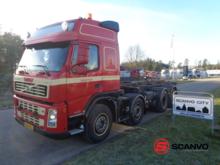 Volvo FM440 truck