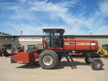 2006 HESSTON 9260 WINDROWER
