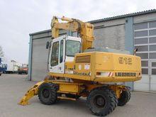 Used 1994 Liebherr 9