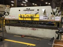 175 Ton Accurpress 717512 CNC P