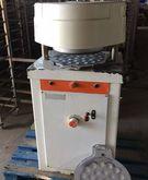 Roll press W & P Rotamat