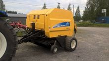 2010 New Holland  BR6090
