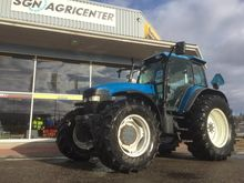 2000 New Holland  TM165 PC