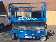 2007 GENIE GS3246