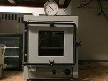 Napco 5851 Vacuum Oven